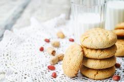 Galletas de mantequilla de cacahuete Imagenes de archivo