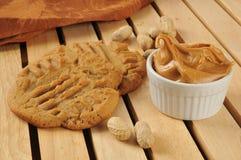 Galletas de mantequilla hechas en casa de cacahuete imagenes de archivo