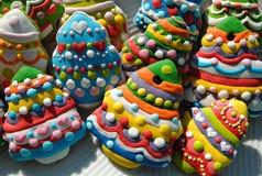 Galletas del árbol de navidad, galletas de la Navidad adornadas para los niños Imagenes de archivo