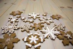 Galletas del copo de nieve del pan de jengibre Fotografía de archivo libre de regalías