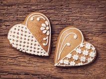 Galletas del corazón del pan de jengibre Fotos de archivo