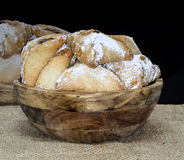 Galletas del día de fiesta de Purim, galletas chocolate-llenadas Ozne Haman en hebreo Los oídos de Haman foto de archivo libre de regalías