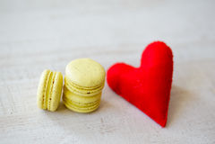 Galletas del día de la tarjeta del día de San Valentín s Fotografía de archivo libre de regalías