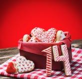 Galletas del día de tarjeta del día de San Valentín Imagen de archivo