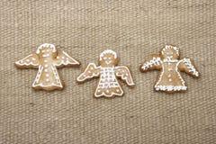 Galletas del pan de jengibre de la Navidad.   Foto de archivo libre de regalías