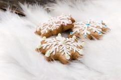 Galletas del pan de jengibre de la Navidad Imágenes de archivo libres de regalías