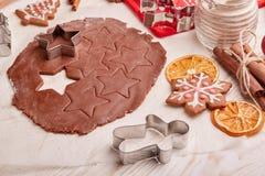 Galletas del pan de jengibre de la Navidad Imagen de archivo libre de regalías