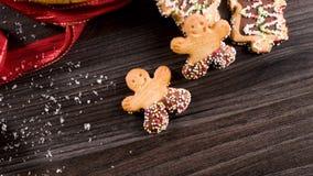 Galletas del pan de jengibre de la Navidad metrajes