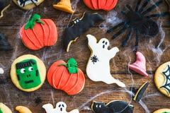 Galletas deliciosas hechas en casa del pan de jengibre para Halloween Fotos de archivo libres de regalías