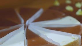 Galletas en la panader?a Recientemente productos de la panadería Galletas cocidas en el horno Ci?rrese encima de tiro metrajes