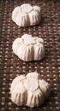 Galletas, galletas hechas en casa en fondo Fotos de archivo libres de regalías