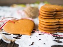 Galletas hechas de la pasta de la miel Imagen de archivo