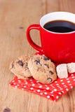 Galletas hechas en casa con café Foto de archivo libre de regalías