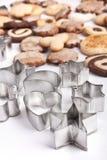 Galletas hechas en casa con las varias formas de la galleta Imágenes de archivo libres de regalías