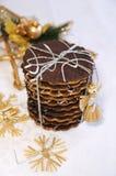 Galletas hechas en casa del chocolate para la Navidad Fotografía de archivo