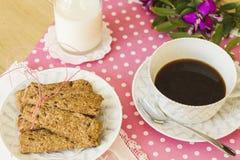 Galletas integrales para el desayuno Imagen de archivo libre de regalías