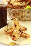 Galletas italianas tradicionales del biscotti Fotos de archivo libres de regalías