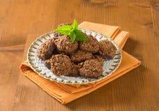 Galletas orgánicas del chocolate de la quinoa Fotografía de archivo libre de regalías