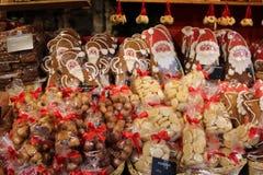Galletas tradicionales del pan de jengibre Imágenes de archivo libres de regalías