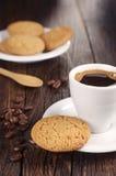 Galletas y café de harina de avena Fotos de archivo libres de regalías
