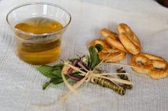 Galletas y té Imágenes de archivo libres de regalías