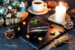 Galletas y vela de la Navidad imágenes de archivo libres de regalías
