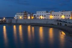 Gallipoli bij schemer met kunstmatige lichten - Italië Royalty-vrije Stock Afbeelding