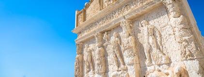 GALLIPOLI, ITALIE - fontaine grecque, 3ème siècle AVANT JÉSUS CHRIST Photos libres de droits