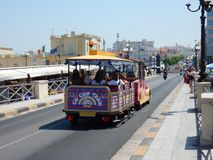 Gallipoli - Trenino per turisti Arkivbilder