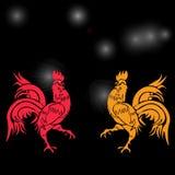 Gallo chulo dos, rojo y amarillo en un fondo de la constelación del gallo Horóscopo chino - gallo Año Nuevo chino Foto de archivo