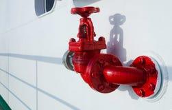 Gallo del fuego rojo en la cubierta del buque de pasajeros Fotografía de archivo libre de regalías