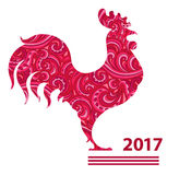 Gallo dell'illustrazione di vettore, calendario cinese Siluetta del gallo rosso, decorata con i modelli floreali Immagine Stock