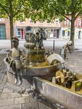 Galminusbrunnen, uma fonte de bronze em Stolberg, Alemanha imagem de stock