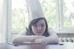 Galopín de cocina de la muchacha Fotos de archivo