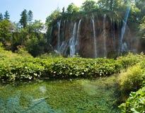 Galovacki buk瀑布在夏天 免版税库存照片
