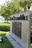 Galt Ocean Mile Sign entlang A1A Lizenzfreies Stockfoto