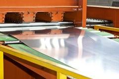 Galvaniserat ark i maskinen f?r vidaref?r?dling fotografering för bildbyråer