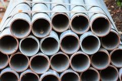 Galvaniserat stålrör royaltyfri bild