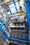 Galvanização em uma fábrica de conectores bondes imagens de stock royalty free