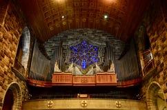 Galway καθεδρικός ναός, όργανο και λεκιασμένα παράθυρα γυαλιού Στοκ φωτογραφία με δικαίωμα ελεύθερης χρήσης