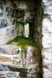 GALWAY IRLANDIA, SIERPIEŃ, - 22, 2017: Aughnanure kasztel w Irlandia blisko Galway Fotografia Stock