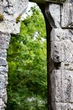 GALWAY IRLANDIA, SIERPIEŃ, - 22, 2017: Aughnanure kasztel w Irlandia blisko Galway Obraz Stock