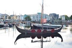 Galway spanjorbåge, Irland Juni 2017, Claddagh festival som är trad Royaltyfria Foton