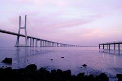 Gama van Vasco DA brug, Grootste brug van Europa Royalty-vrije Stock Fotografie