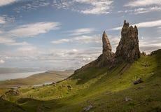 Gamal man av Storr på ön av Skye i Skotska högländerna av Skottland Arkivfoto