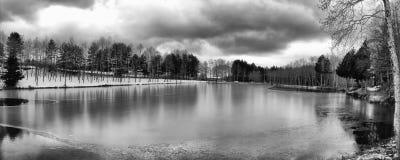 Gambarie het bevroren meer. Stock Foto