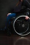Gambe del disabile fotografia stock