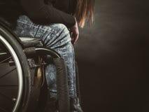 Gambe del disabile immagini stock libere da diritti