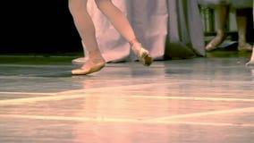 Gambe della ballerina archivi video