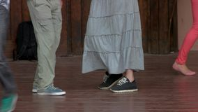 Gambe delle coppie di dancing stock footage